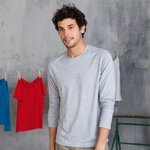 Long sleeve crew neck t-shirt